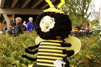 2010 Bumblebee Pumpkin Topiary Display
