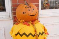 2012 Charlie Brown Pumpkin Display