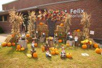 2013 St. Felix Fall Topiary Display