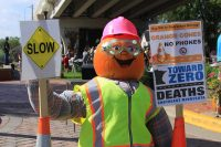 2014 Construction Worker Pumpkin Display